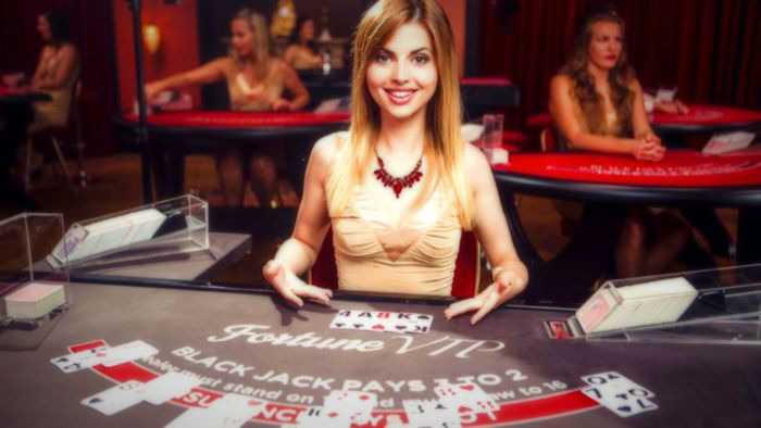 , How to win at Blackjack making the most of the right strategies